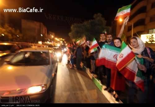عکس خوشحالی کردن مردم مشهد بعد از توافق هسته ای