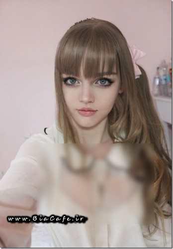 دختر شبیه عروسک باربی