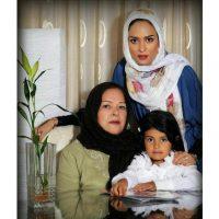 عکس جدید از سوپر استار زن در کنار خانواده اش/سوپراستار زن جدید سینمای ایران در کنار مادر و خواهرزاده اش