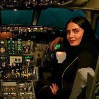 وقتی که بازیگر زن مشهور کشورمان خلبان می شود+عکس/عکس کمک خلبان شدن بازیگر مشهور زن ایران سوژه داغ اینترنت